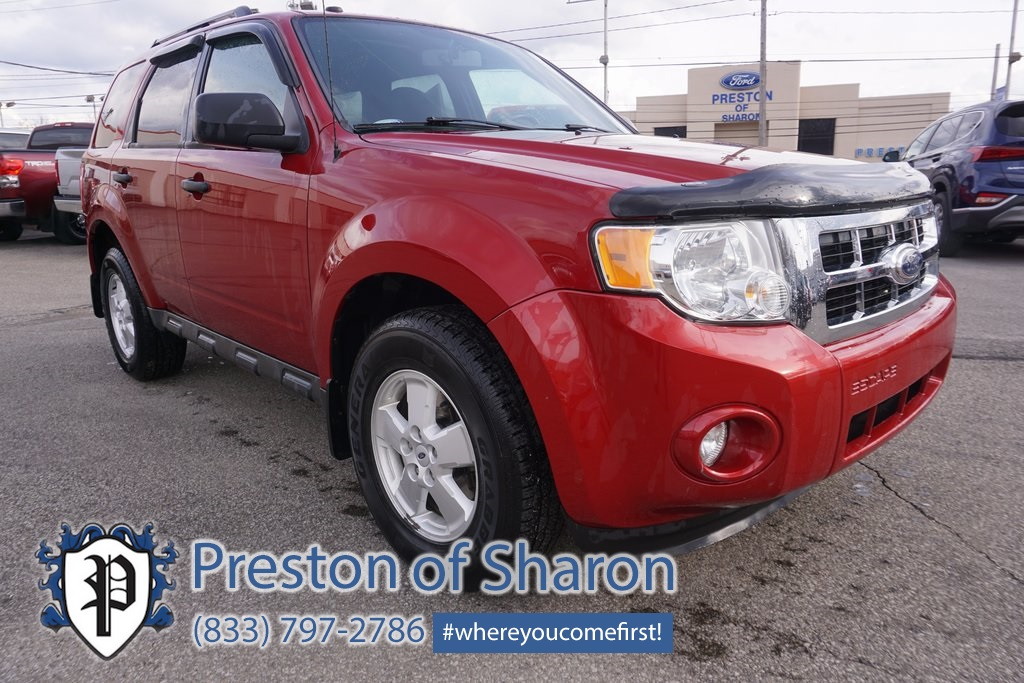 Pre Owned 2010 Ford Escape Xlt